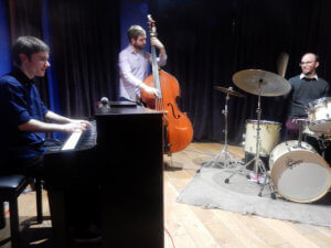 Alan Benzie Trio at the Globe